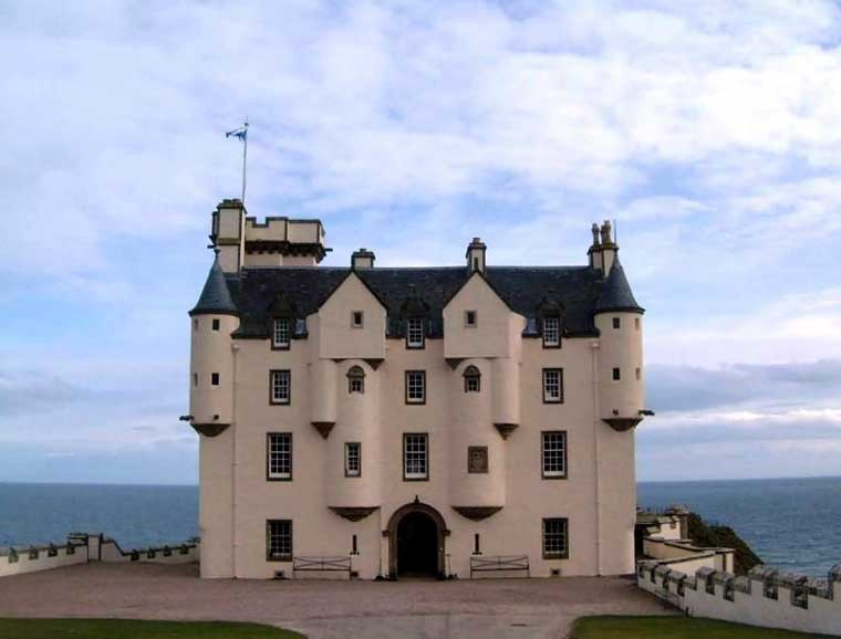 Photo: Dunbeath Castle