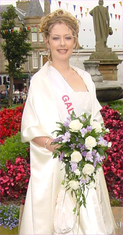 Photo: Thurso Gala Queen 2002