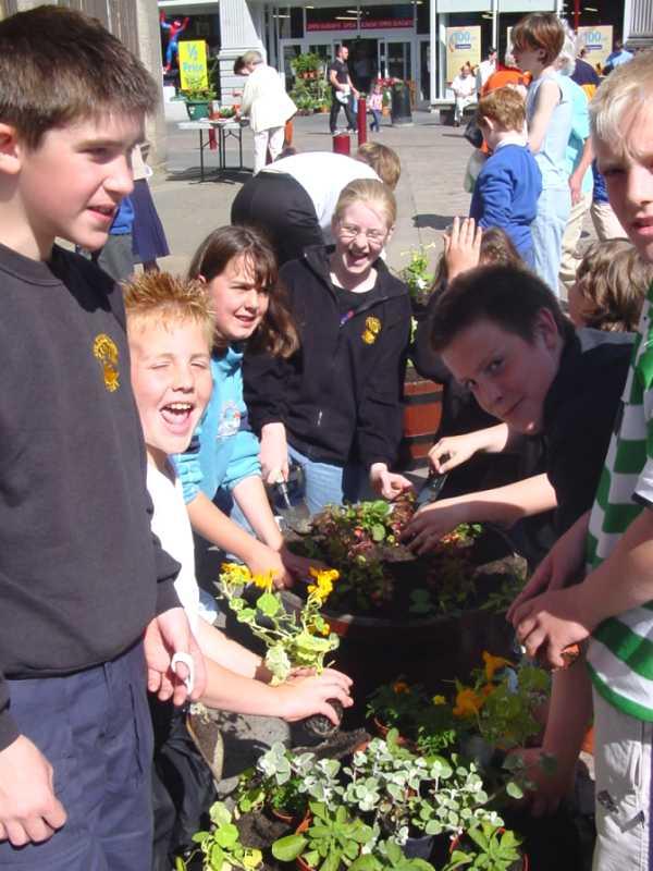 Photo: Wick School Kids Plant New Tubs