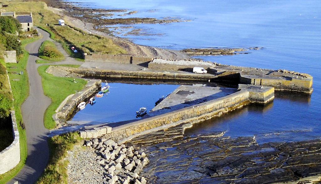 Photo: Castlehill Harbour, Caithness