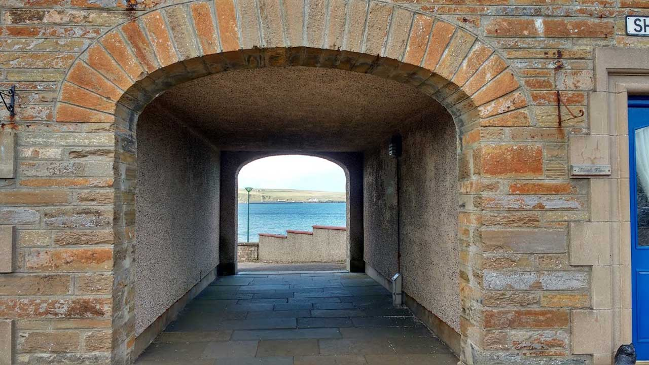 Photo: Archway leading to The Esplanade, Thurso