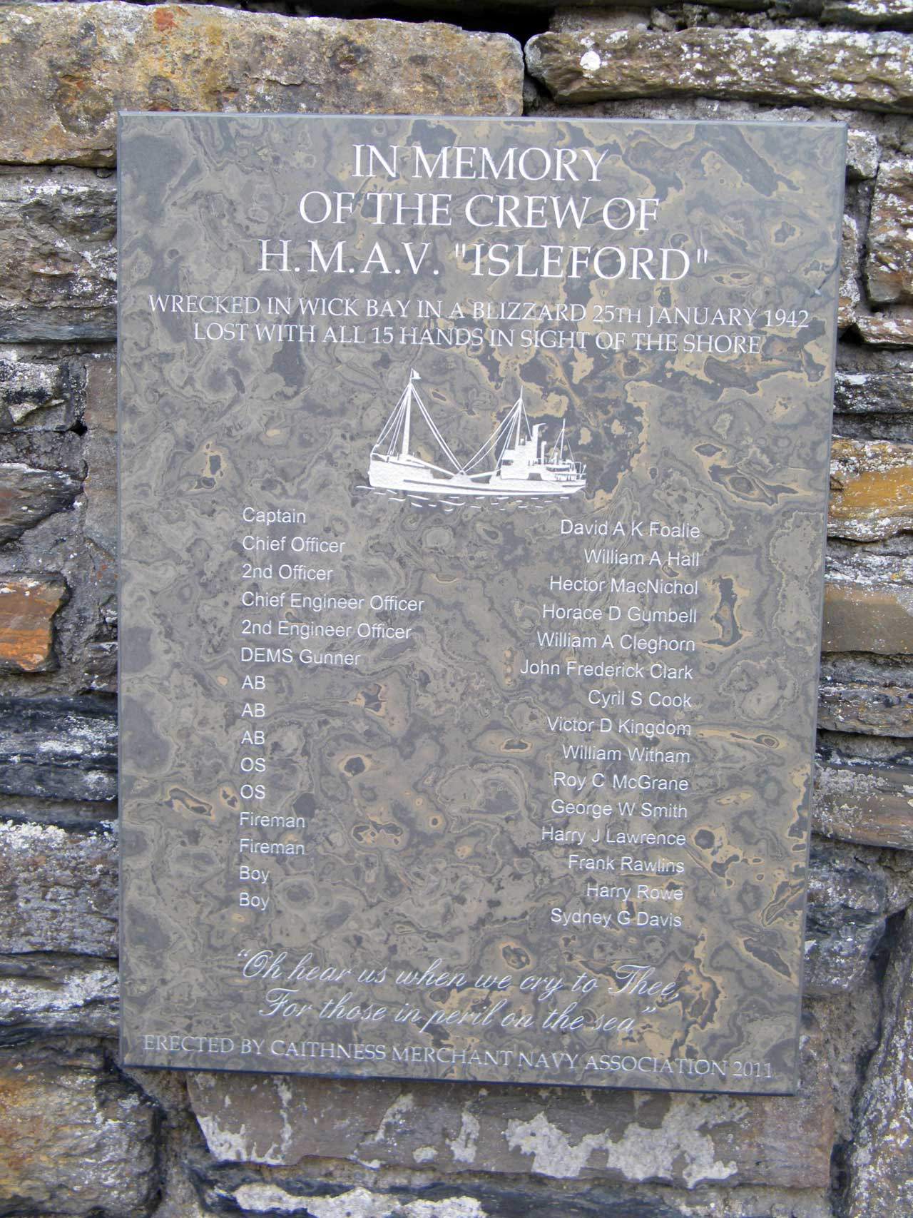 Photo: High Street, Wick - Memorial For Crew Of Isleford