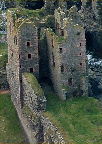 Photo: Girnigoe Castle 9 October 2004
