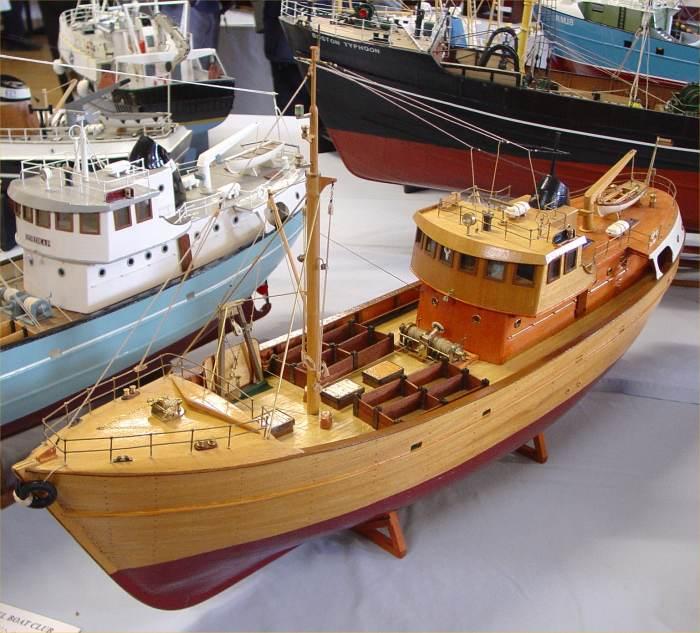 Photo: Pentland Model Boat Club Show 2005