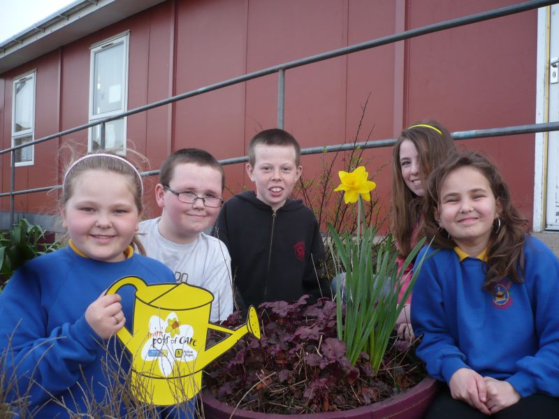 Photo: Ormlie Youngsters Raise Funds For Marie Curie