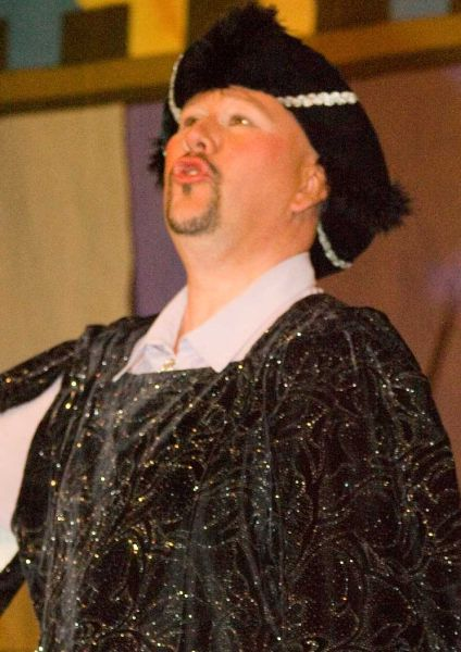 Photo: Sleeping Beauty Pantomime In Thurso