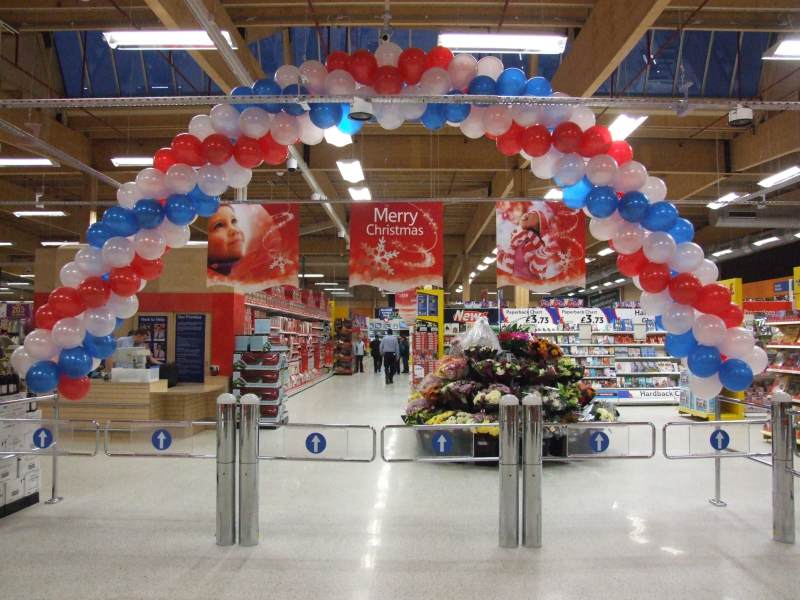 Photo: Opening Day For Tesco Wick