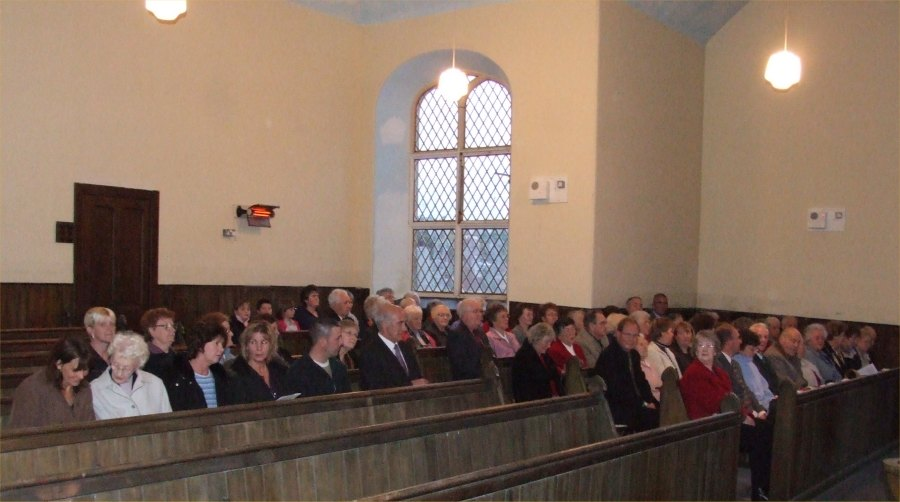 Photo: Church Members And Friends At The Final Service