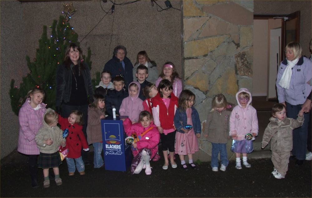Photo: Clare Calder Switched On Dunnet Christmas Lights 2007