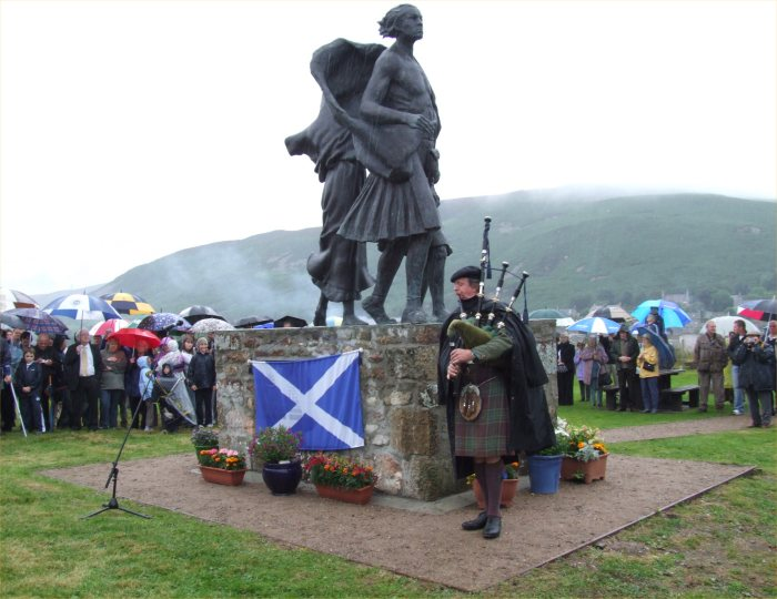 Photo: Emigrants Statue Official Unveiling Ceremony At Helmsdale