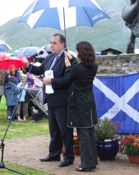 Photo: First Minister Alex Salmond & Eilidh Mackenzie From Lewis
