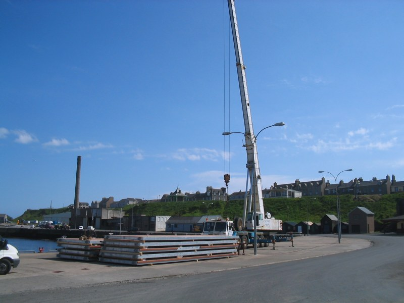 Photo: Pontoons Begin Installation At Wick Harbour