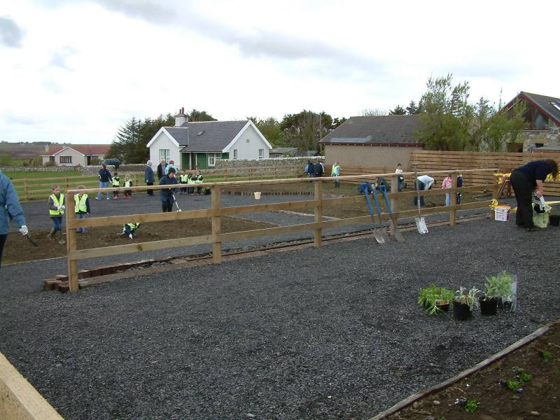 Photo: Working On Thrumster Station Garden