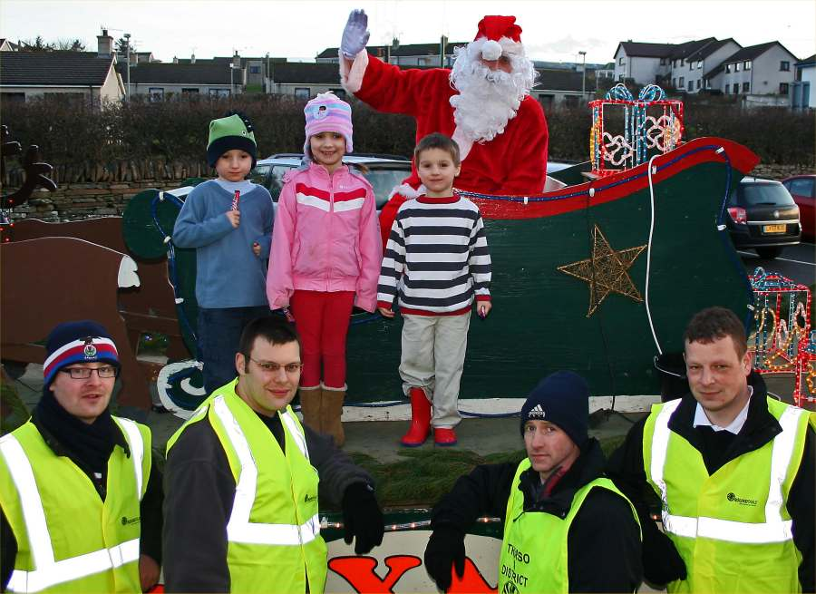 Photo: Santa's Sleigh In Thurso From Thurso and District Round Table