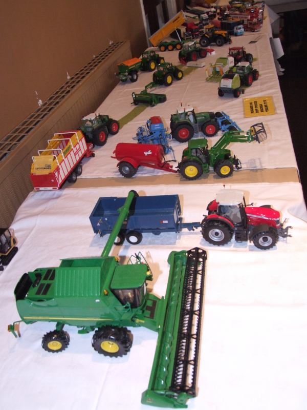 Photo: Caithness Model Club Exhibition 2009