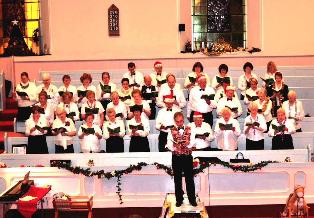 Photo: Choral strike the right note with the spirit of Christmas