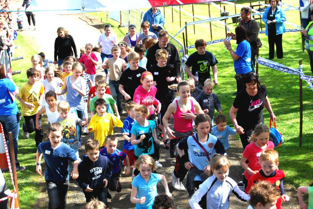 Photo: Young Runners At Mey 10K Run 2010