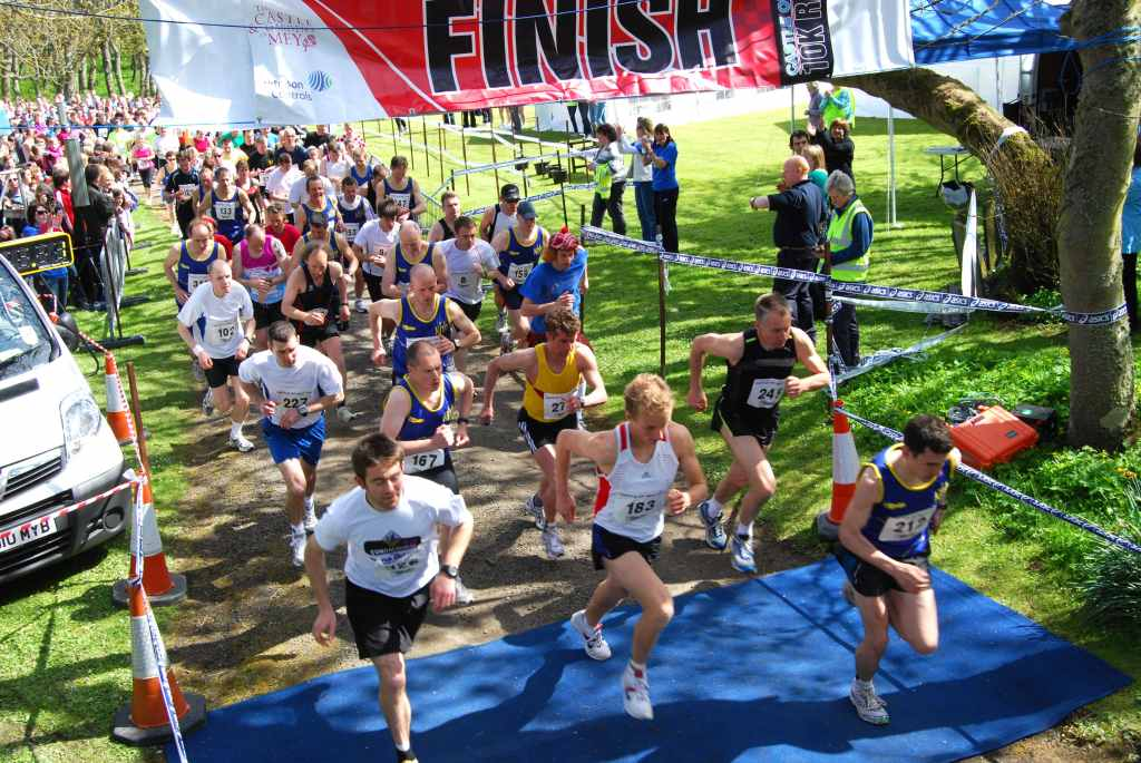 Photo: Mey 10K Run 2010 Off To A Flying Start
