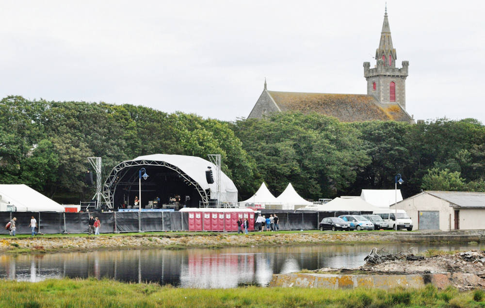 Photo: BFest Brings Music All Day To Wick