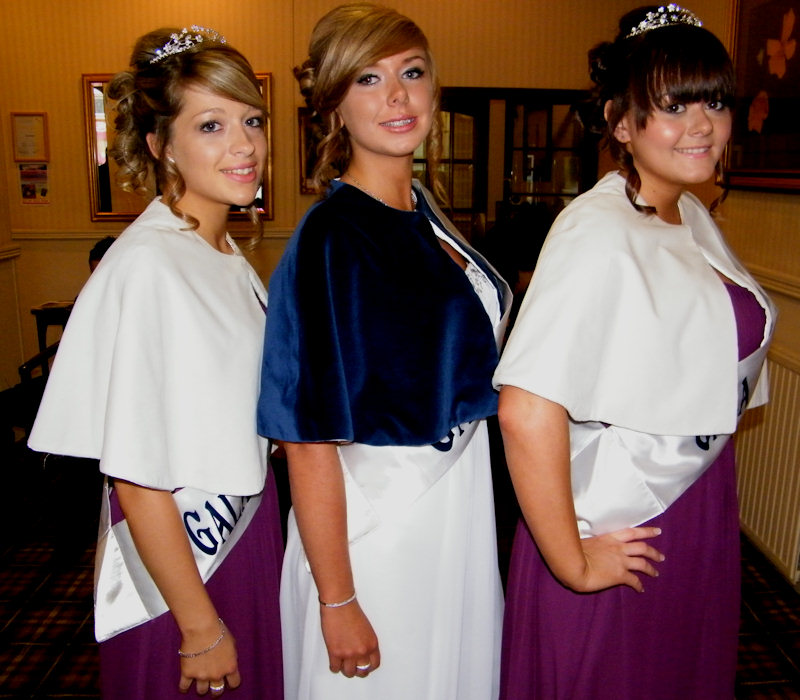Photo: Gala Queen and Attendants At Thurso Gala 2011