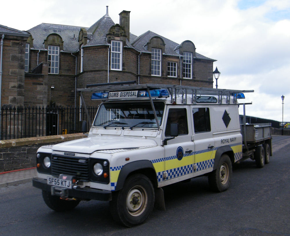Photo: Bomb Disposal Team Vehicle