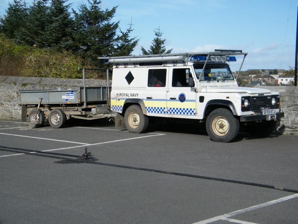 Photo: Bomb Disposal Team Vehicle