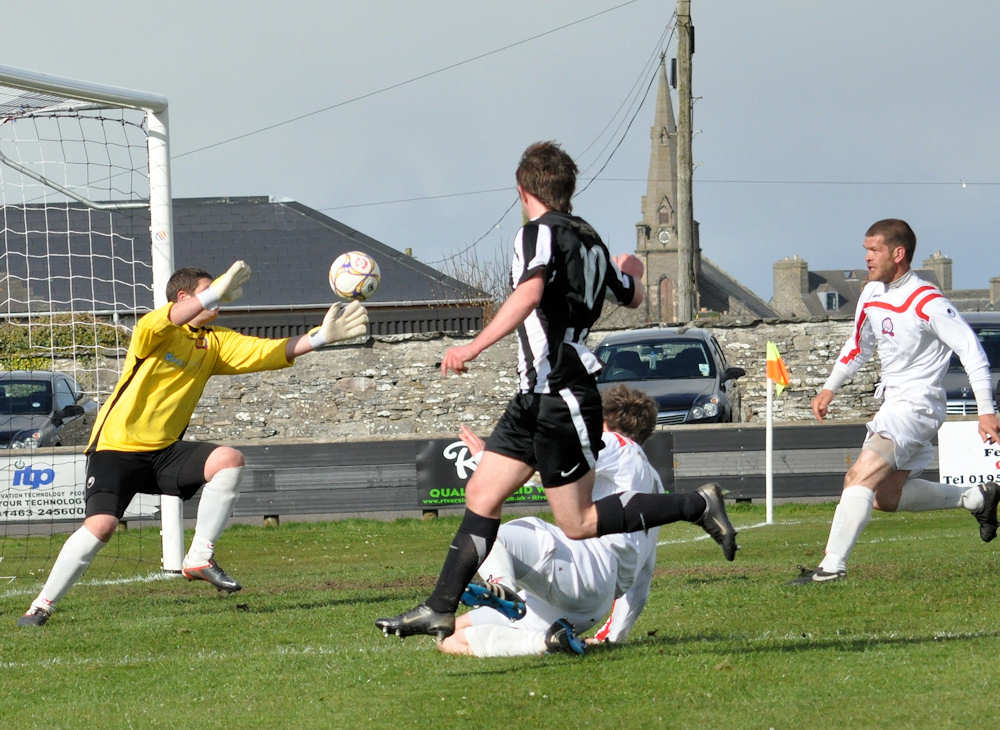 Photo: Wick Academy V Turriff United 2 - 1