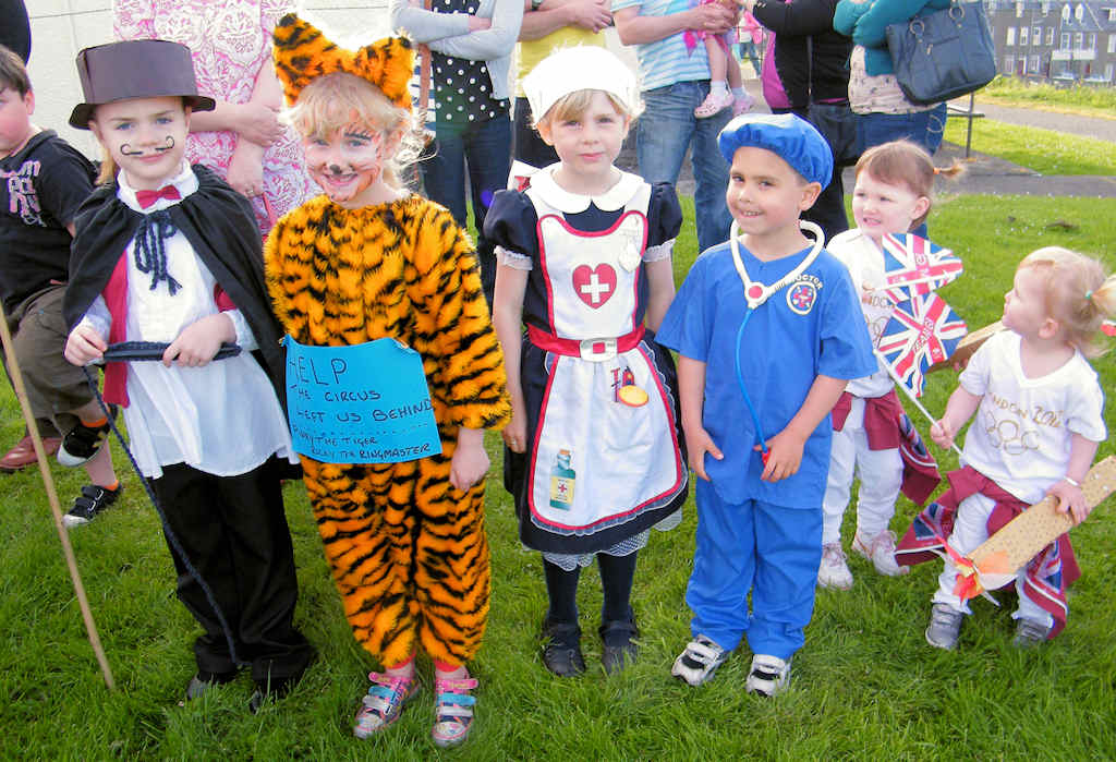 Photo: Kids Fancy Dress - Braehead