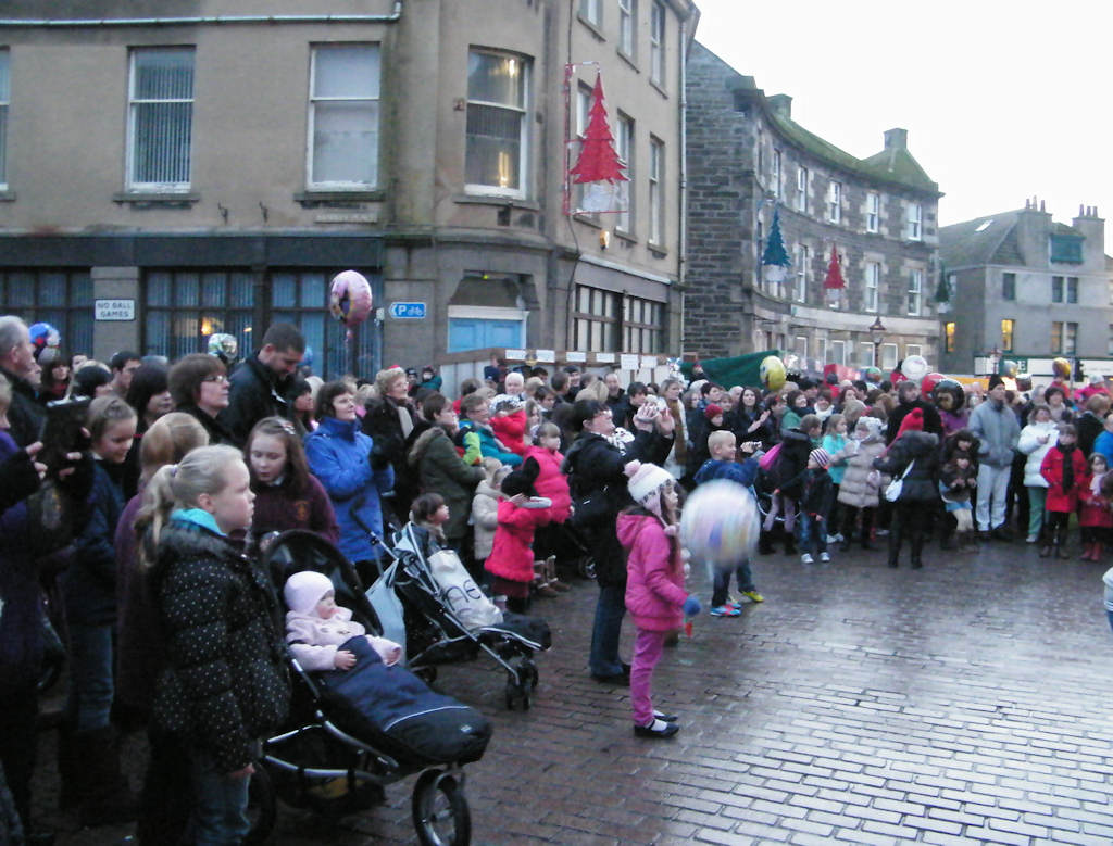 Photo: Crowd At Wick Fun Day