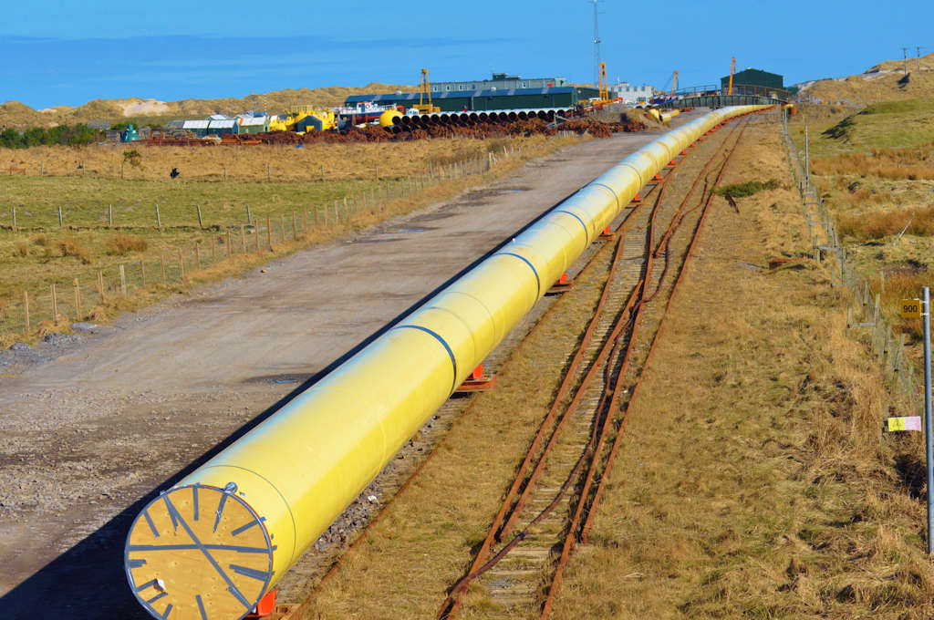 Photo: Pipeline For Elf's West Franklin Field At Subsea 7 Wester, Caithness