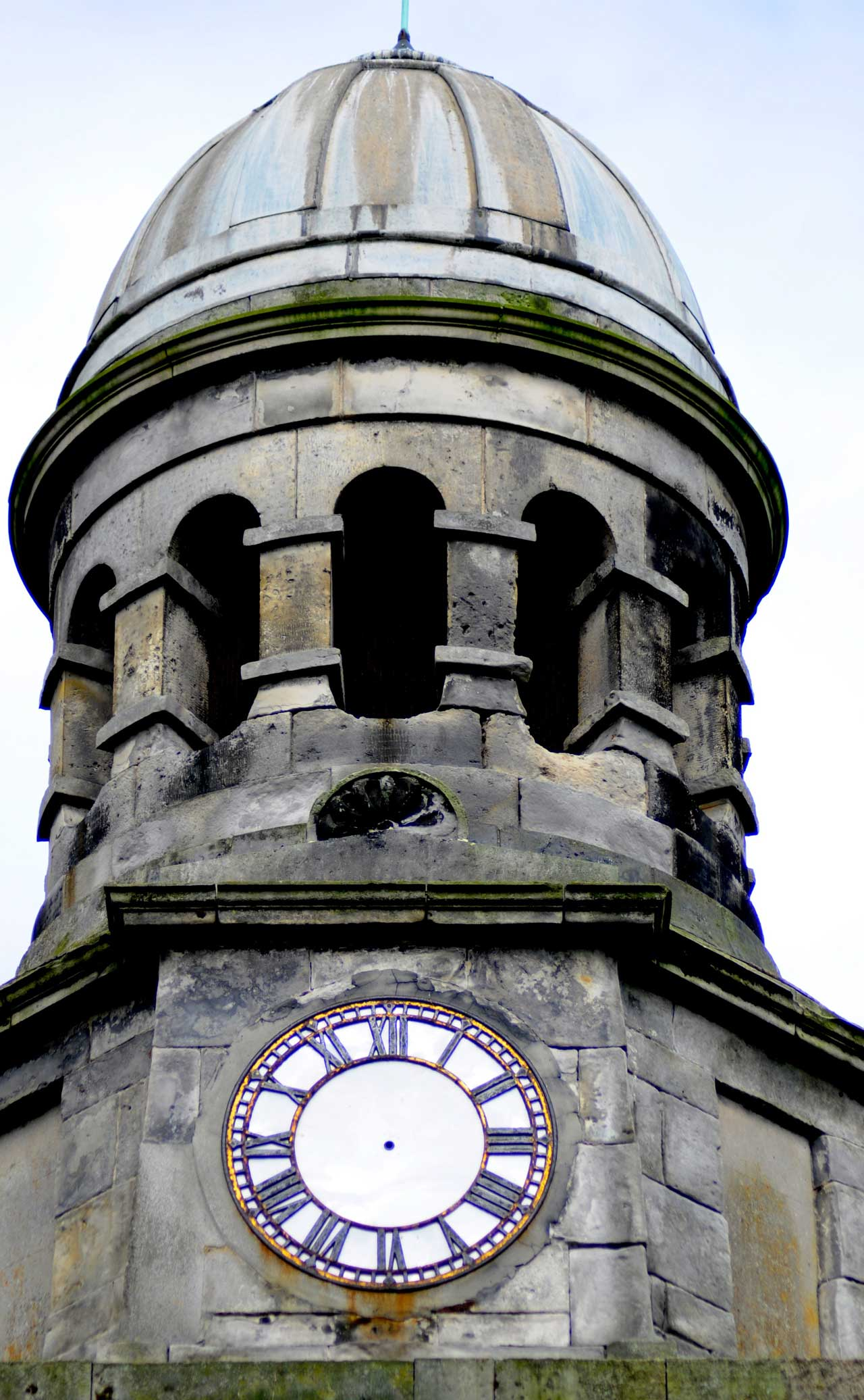 Photo: Wick Town Hall Clock Stopped For Repairs