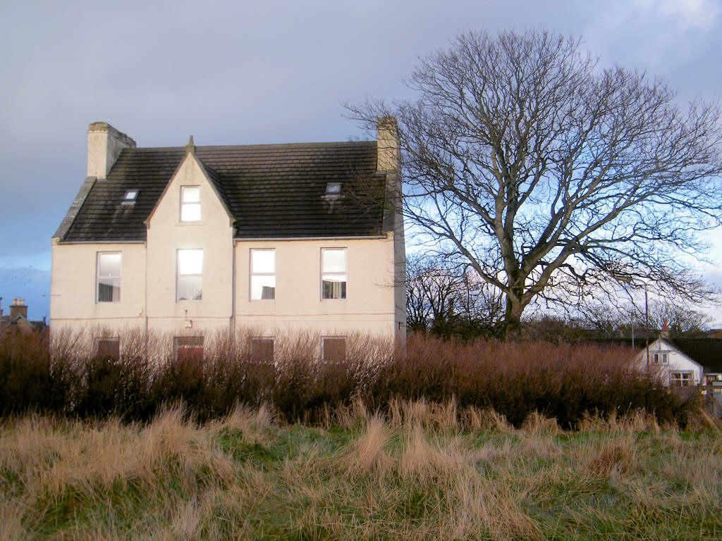 Photo: Rhind House