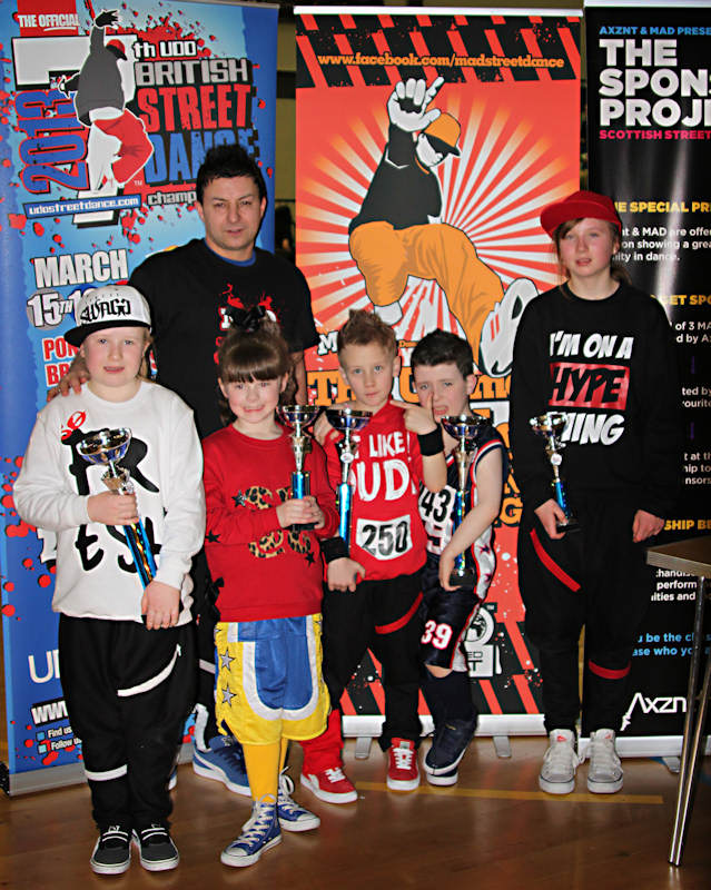 Photo: Finalists with Teacher At MAD Ultimate Street Dance Challenge