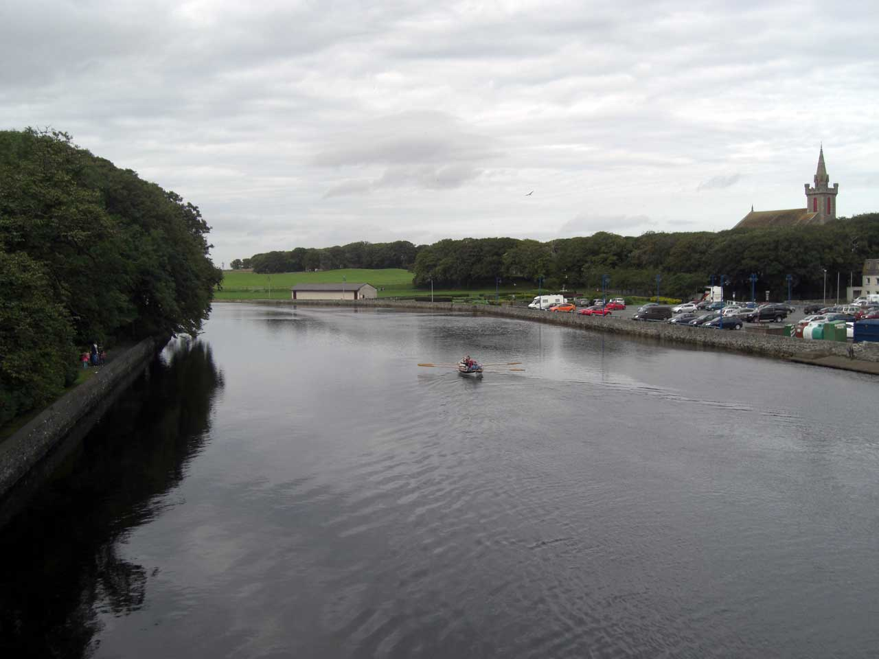 Photo: Wick Coastal Rowing Skiff Heads Up Wick River