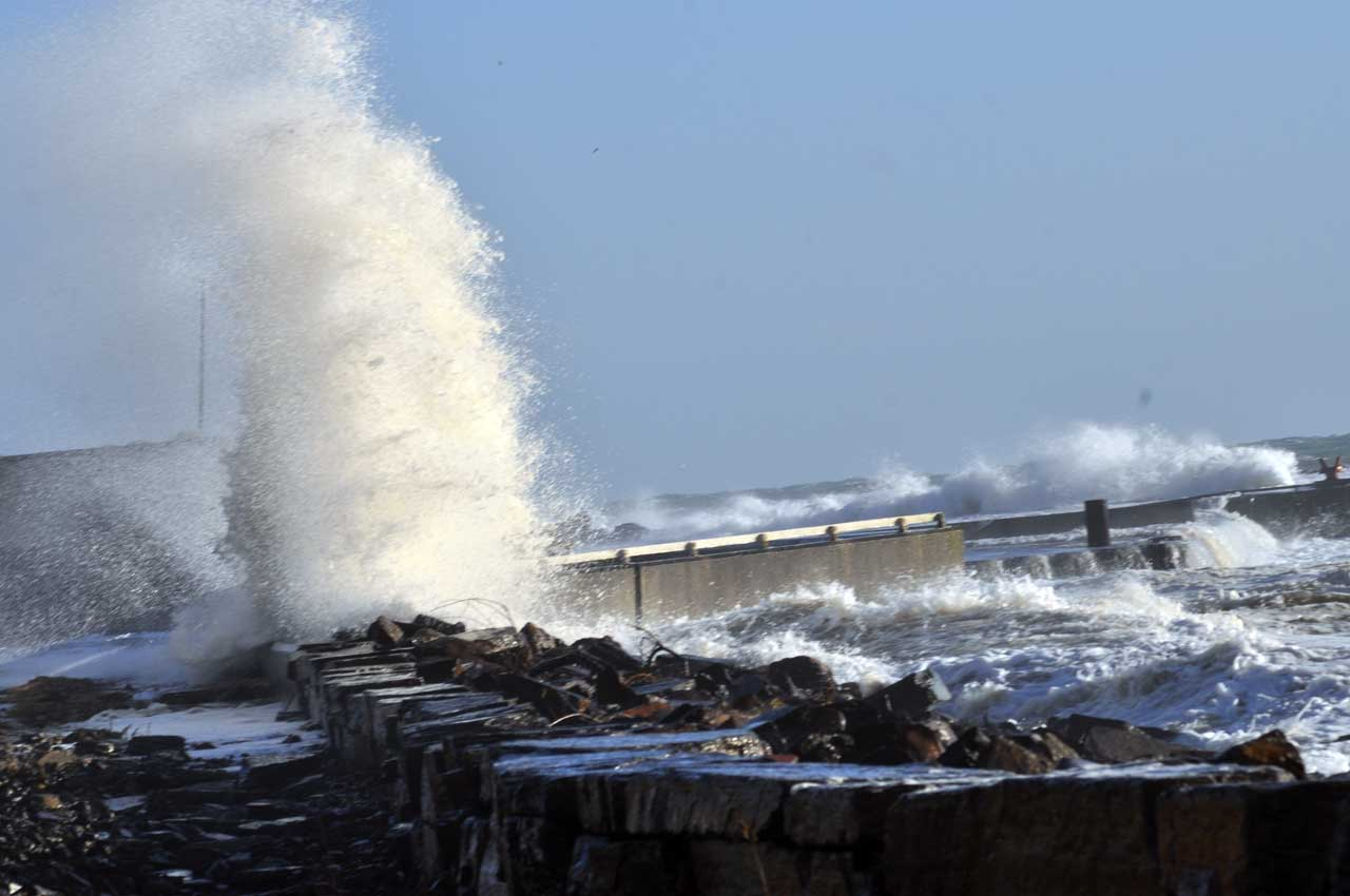 Photo: More High Seas And Flooding At Wick