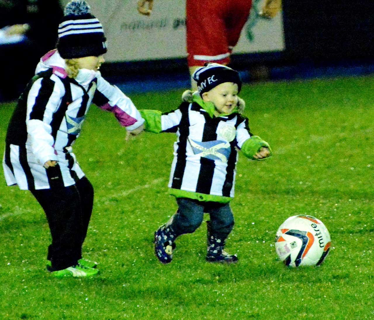 Photo: Junior wows 'em at derby clash