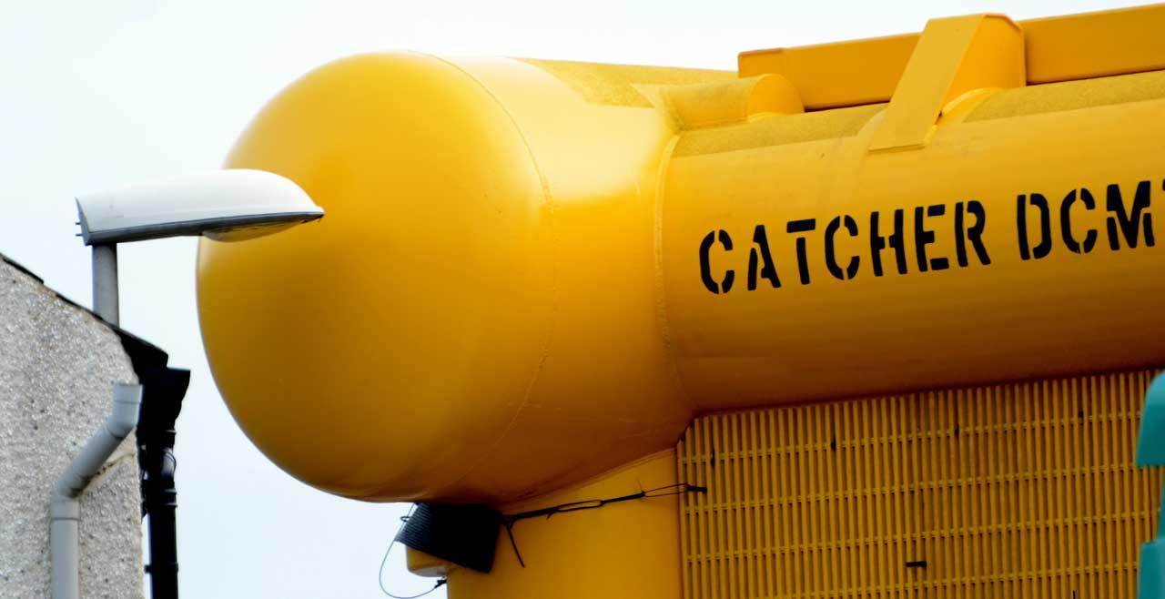 Photo: Towhead Moving Through Wick To Subsea Base