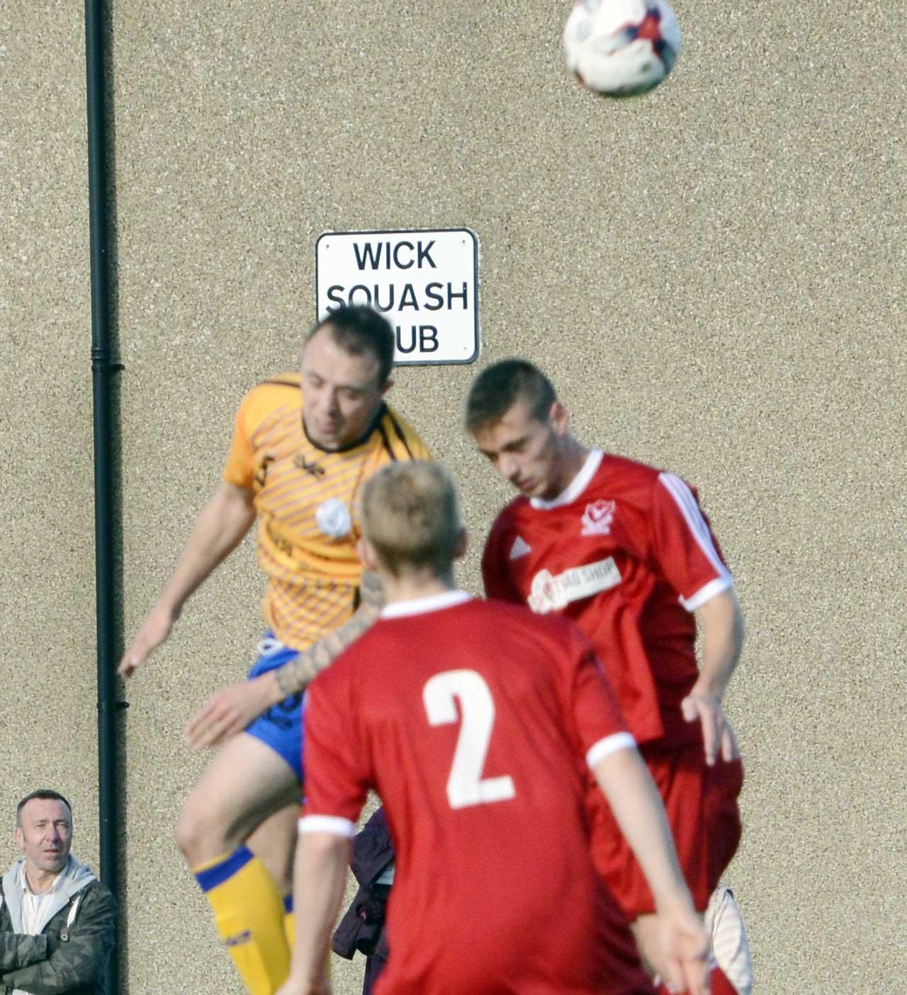 Photo: Wick Academy 2 Deveronvale 2