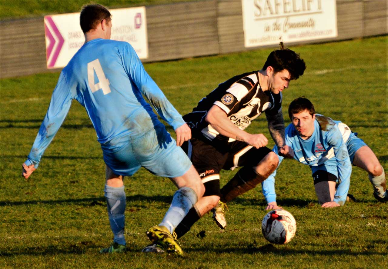 Photo: Wick Academy 0 Turriff United 1