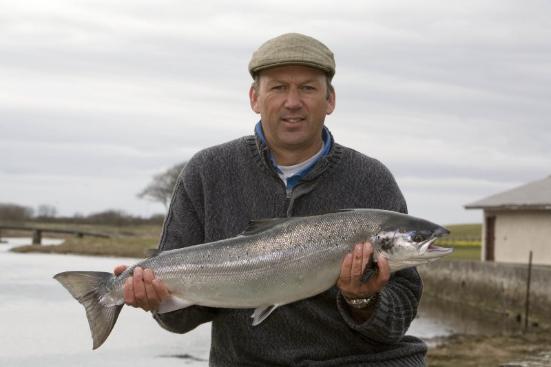 Photo: Geoff Henstridge Caught The first Salmon Of 2006 On Wick River