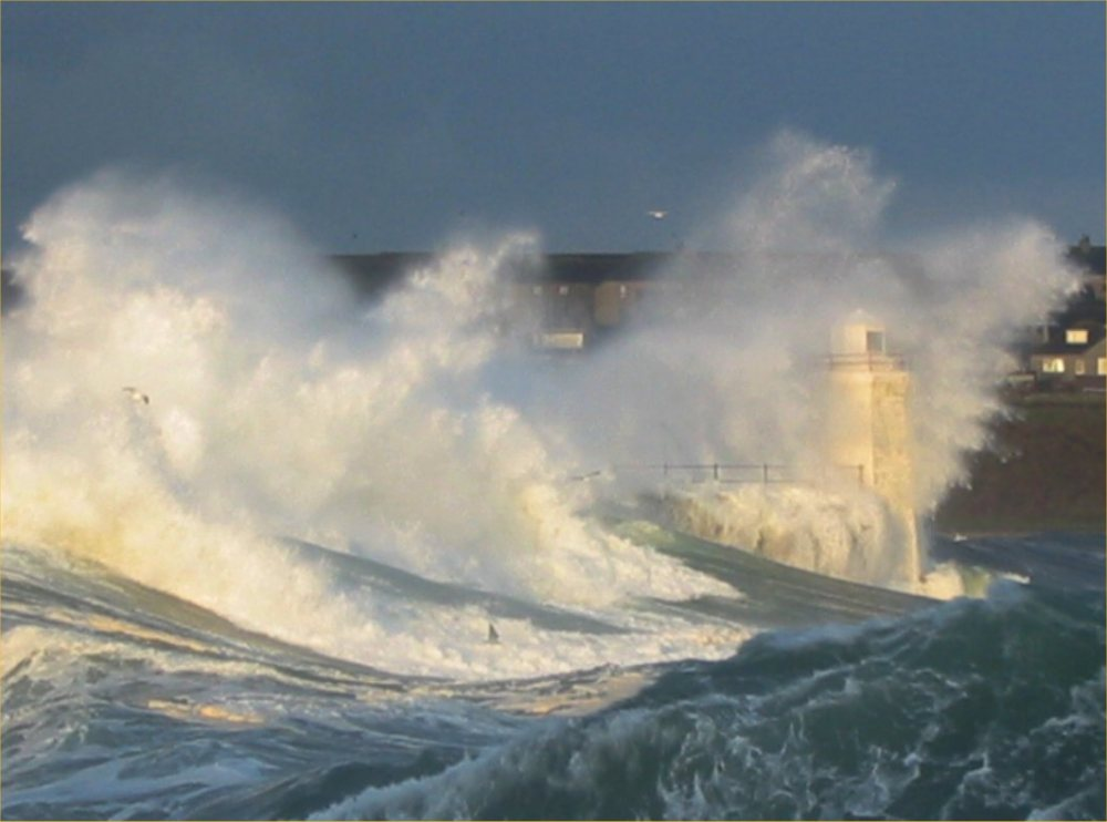 Photo: Surf's Up Wick Bay - 3 December 2005