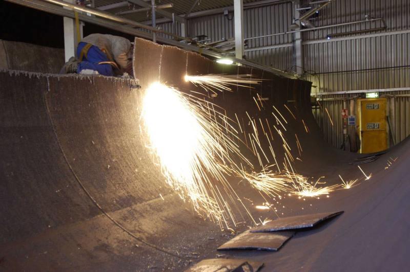 Photo: Cutting Up Sodium Tank