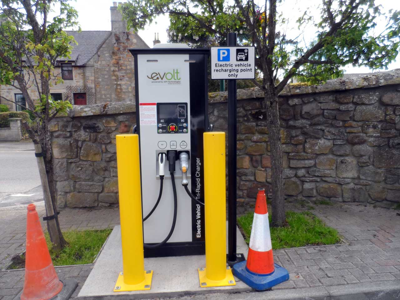 Photo: Electric Car Charge Point, Tain