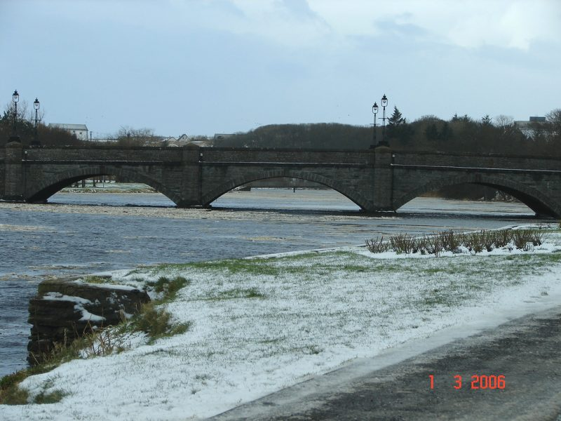 Photo: Winter Finally Comes To Caithness - Thurso Bridge 1 March 2006