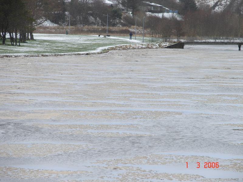 Photo: Winter Finally Comes To Caithness - Thurso River Frozen 1 March 2006