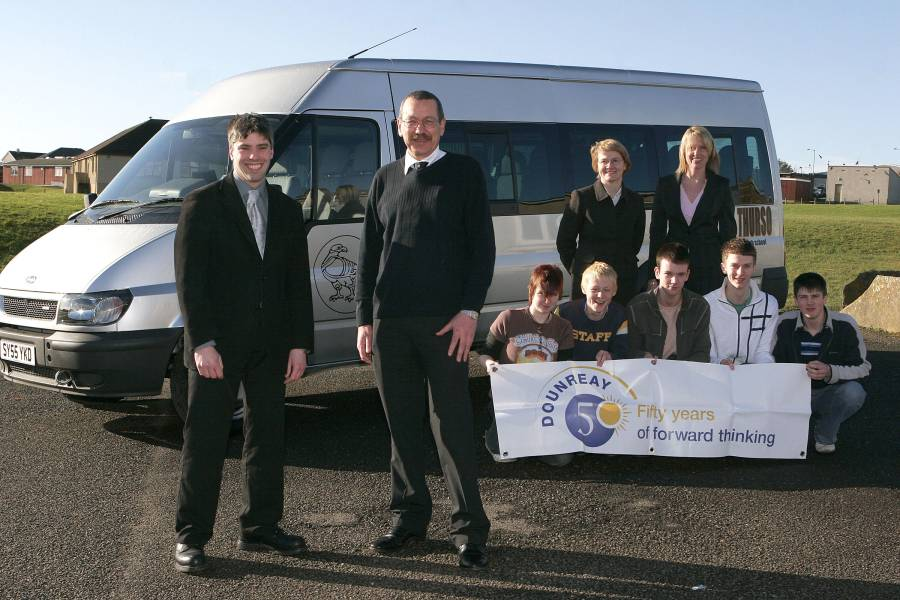 Photo: UKAEA Donation Of £1000 Helps Thurso High Get New Minibus