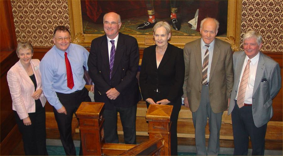 Photo: Conservative Leader David McLetchie Meets Councillors And CASE On Maternity Issue