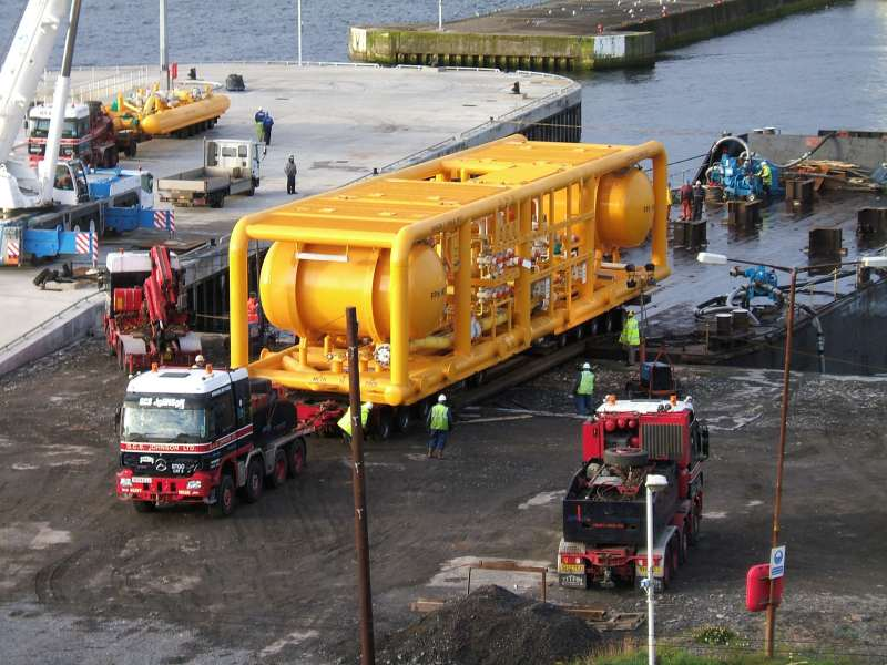 Photo: Huge Towhead Comes To Wick Heading For Wester Yard