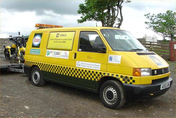 Photo: AA Historical Vehicles Raising Money For Children's Hospital