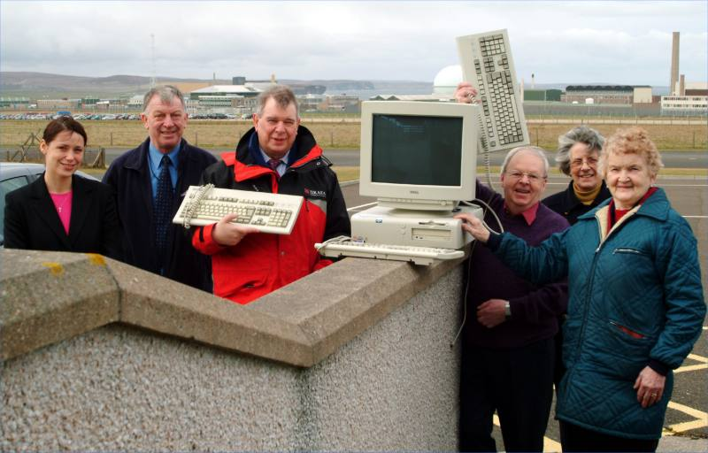 Photo: Local Groups Collect PC's From UKAEA